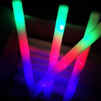 ingrosso ha portato le luci decorative-Multi colorful 7 modi LED lampeggiante Night Light lampada bacchetta bagliore + cinghia compleanno festa di Natale Festival camp spedizione gratuita