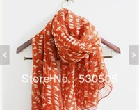 ingrosso sciarpa rossa arancione-Sciarpa di uccello rosso arancio Sciarpa di arancio con uccello beige Cute Birdy Pattern su Red Soft Fall Christimas Gift