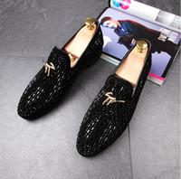 payetli elbise ayakkabıları toptan satış-En Kaliteli Erkekler Glitter Ayakkabı Yeni Erkek Moda Casual Flats erkek Tasarımcı Elbise Ayakkabı Payetli Loafer'lar erkek Platformu Sürüş Ayakkabı dh2n46