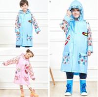 mädchen mode regenmantel großhandel-Kinder Jungen und Mädchen PVC Regenmantel mit Schultasche Position Mode Cartoon Regenbekleidung Regenschutz Poncho T2I355