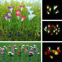 flores solares al aire libre al por mayor-4 Cabezas de Energía Solar Lily Flower LED Light Lámpara Solar Yard Lawn Lamp 3 Colores Luces de Iluminación Al Aire Libre Decoraciones de jardín 30 unids / lote T2I383