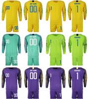 kits de futebol verde amarelo venda por atacado-Homem de Futebol Jersey Jersey Goleiro 1 Tim Howard Bill Hamid Zack Steffen Espero Solo STADIUM Verde Amarelo Kits de Futebol Curto Manga Longa Nome Personalizado