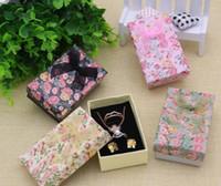 kağıt halka mücevher kutusu toptan satış-Çiçek Çiçek Kolye Küpe Yüzük Kutusu 5 * 8 cm Mücevher Kutusu Kağıt Takı Hediye Kutusu Çok Renkler Mücevherat Organizatör GA59