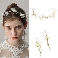 Wholesale gold pearls bride accessories sets - Gold Chiffon Flower Crystal Pearl Bride 2pcs Set Earrings Tiara Bridal Wedding Jewelry Set Accessories For Women CPA1427