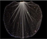 champagner-hochzeitskleid zubehör großhandel-Glitter Heißer Verkauf Funkelnde Hohe Qualität 1 Schicht Kristalle Brautschleier Mit Freiem Kamm Weiß / Elfenbein Braut Zubehör Billig Verkauf