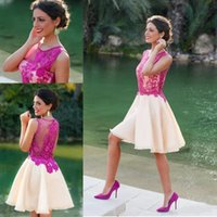 Hot selling 2018 Elegant Lace Applique A line Homecoming Dresses Jewel Sleeveless Zipper Short Mini Length Party Dresses