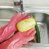 ingrosso guanti di pulizia di patate-Nuovi strumenti impermeabili rapidi per la sbucciatura TATTO DI MATTINI Cetriolo di patata Grattugiatura cinese Guanti di lavaggio Strumenti per la pulizia delle verdure T1I334