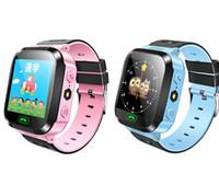 control remoto de muñeca al por mayor-Q528 Reloj inteligente Reloj de pulsera para niños Reloj impermeable para bebés con cámara remota SIM Llamadas Regalo para niños pk dz09 gt08 a1 SmartWatch