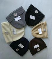 erkek kış şapkaları modası toptan satış-Yeni Unisex Sonbahar Kış MON kasketleri Örme Şapka lüks Tasarımcı moda erkekler kadınlar kızlar için rahat Kasketleri gorro Kaput Kayak ...