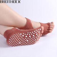 coton d'usine de bambou achat en gros de-Brothock Factory direct dames coton femme professionnel anti-dérapant chaussettes de yoga bambou fibre yoga dos nu cinq sports chaussettes