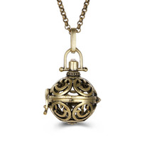 patrones para collares al por mayor-Hollow Pattern Sound Pearl Cage Lockets colgante collares de apertura flotante Sound Beads medallones collar para mujer embarazada joyería