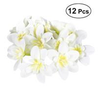fleurs d'orchidées de soie blanche achat en gros de-12pcs têtes de fleurs d'orchidée en soie artificielle de bricolage pour le chapeau, vêtements, album, guirlande, bandeaux, embellissements (blanc laiteux)