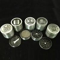 molinillo diseñado al por mayor-Metal Tobacco Grinder Herb 4 Capa Smoking Herb Grinder Nuevo Filtro de Aleación de Zinc Accesorios de Humo 50mm Mix Designs WX9-800
