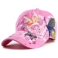 Nueva moda bordado mariposa flor para mujer gorras de béisbol de verano gorra  para mujeres de alta calidad snapback gorras sombreros al aire libre 20099b71cf4