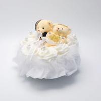 müzikli düğün yüzükleri toptan satış-2019 FEIS hotsale romantik iki ayılar kalp şeklinde beyaz gül müzik yüzük kutusu yüzük yastık düğün aksesuarı