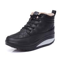 встряхнуть обувь кроссовки оптовых-Ретро теплая зима высокого топ кроссовки новый снег хлопок обувь противоскользящие кружева Up плюшевые Shake Shoes платформы женский тонкий работает