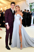 Wholesale chiffon strapless vintage dress - Hailey Baldwin Sky Blue Prom Party Dresses Off Shoulder Slit Cheap Formal Gowns With High Slit African Evening Celebrity Dress Custom Made