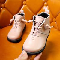 botas de goma para niños calientes al por mayor-Chicas calientes Botas para niños puro Sneaker Boys Botas de goma Otoño Invierno PU Cuero impermeable Martin Boot Niños Snow Boot XXP3