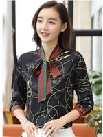 pajarita negra camisa mujer al por mayor-Las camisas de las mujeres de la pista de la moda blusas de lujo más el diseñador de la marca del tamaño corbata de lazo camisas de manga larga imprimir blusas negro blanco Abrigo de la manera