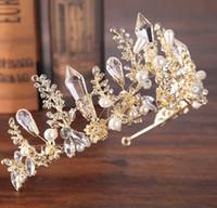 yeni gelin tacı toptan satış-2019 Yeni Barok Taç Headdress Gelin Kristal Taç Prenses Taç Altın ve Gümüş Düğün Saç Aksesuarları Gelin Aksesuarları Toptan