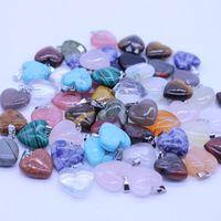 модные браслеты оптовых-Необычные сердца натуральный камень драгоценный камень подвески полированный бисер посеребренные крюк Fit браслеты и ожерелье смешанные много