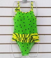traje de baño verde amarillo rojo al por mayor-2018 New Sling Cute Small Sandía Yellow Yellow Green Swimsuit Girls One Piece Swimsuit 3-5 Years