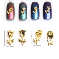 rosas de oro del arte del clavo al por mayor-10pcs Nail Art Stickers Calcomanías 3D Vintage Flowers Roses Metallic Gold Metal Bud Rose Forma de uñas metálicas Decoraciones Studs Gemas