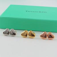 aretes de marca corazón al por mayor-Las mujeres de Lujo Marca Stud 3D Corazón Pendiente de Acero de Titanio para Señora Diseñador de Moda Marca Pendientes Femeninos Joyas para el Regalo
