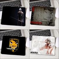 mini tables d'ordinateur achat en gros de-Congsipad Jeu le plus populaire tapis de souris Metal Gear Solide Série Mini Pc Computer Table Tapis Padmouse Pour Décorer Tapis De Jeu De Bureau