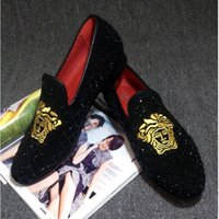 Wholesale embroidered velvet moccasin for sale - Group buy Promotion New spring Men Velvet Loafers Party wedding Shoes Europe Style gold Embroidered Velvet Slippers Driving moccasins loafers