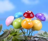 ingrosso fate in miniatura per i giardini-Colorful Mini Foam Mushroom Resin Artigianato fata giardino FAI DA TE Ornamento in miniatura Decorazione domestica fungo Accessori