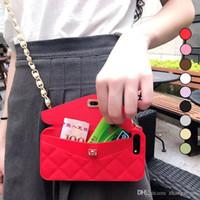 caja del teléfono monedero al por mayor-Nueva moda de lujo bolso de la tarjeta de silicona suave cierre de metal bolso de las mujeres monedero caja del teléfono cubierta con la cadena para iphone x 8 7 6 6 s plus