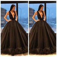 black abaya großhandel-2019 Mittlerer Osten Dubai Abaya Ballkleid Ballkleider Abend Party Wear Tiefer V-Ausschnitt Schwarze Rüschen Knopf Röcke