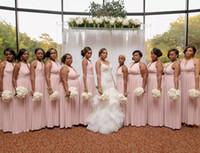 vestido largo plisado negro al por mayor-African Black Girls Blush Pink 2019 A Line Vestidos de dama de honor Sexy Jewel Neck Plisados Hasta el suelo Vestido formal de dama de honor Vesitdos