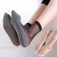 calcetines de corte ultra bajo al por mayor-Nuevo 1 Pares Mujeres Ultra Thin Elástico Calcetines de Seda Chica Señoras Tobillo Calcetines de Corte Bajo Nylon Accesorios Calientes
