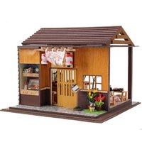ingrosso mobilia diy libera il trasporto-Casa delle bambole giapponese Sakura Sushi Bar Sakura con mobili, giocattolo di montaggio della casa di bambola di legno di DIY della novità Trasporto libero