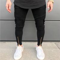 vaqueros pitillo desgastados negros al por mayor-Diseño de la cremallera del tobillo Hi-Street para hombre Pantalones vaqueros rasgados negros Moda masculina Vaqueros pitillo desgastados Pantalones vaqueros destruidos de mezclilla