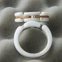 anillo de mujer único diamante al por mayor-C Anillo de cerámica Paris C anillo de diamante Serie Ultra Negro Blanco anillos de boda para mujer Anillo distintivo único y joven