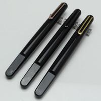 yeni manyetik kalem toptan satış-Yeni tasarım Sınırlı Sayıda reçine MB kalem ile Manyetik Newson kapatma kap chool ofis kırtasiye moda marka Manyetik kapanış kap