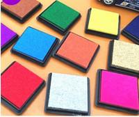 renk mürekkebi toptan satış-DHL Ücretsiz nakliye 500 adet 15 renkler Zanaat Mürekkep pedi / renkli Karikatür Mürekkep pedi çeşitleri için 230 adet