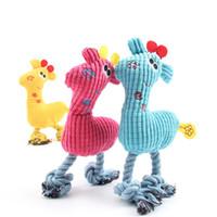 peluche perro amarillo al por mayor-Plush Fawn Suqeak Toy para perro Chew Puppy Deerlet cuerda Toy Doll Productos para mascotas Pink Blue Yellow Disponible Envío de la gota