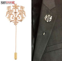 Wholesale wholesale heart shaped locks - SHEEGIOR Vintage British Style Badge Mens Brooches for Women Lovely Fly Tiger Shape Long Brooch Lapel Pins Fashion Jewelry Gifts