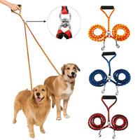 entrenamiento de varios perros al por mayor-Correa doble para perros para dos perros Acoplador trenzado sin correas de 47 pulgadas de doble correas para caminar y entrenar Dos perros 3 colores