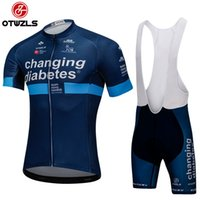 Wholesale cycling kits - 2018 cycling jersey set cycling clothing pro team bike kit summer maillot ropa ciclismo sportswear breathable cycling jersey and shorts