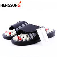 zapatillas de masaje caliente al por mayor-Estilo caliente zapatillas de masaje de punto de acupuntura sandalia para hombres pies terapia de acupresión china masajeador de pies giratorio zapatos unisex