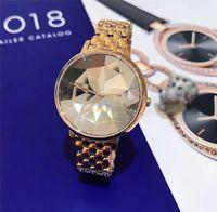 relógio pulseira roxa venda por atacado-Venda quente de luxo mulher assistir Rhombus Dial moda Pulseira De Aço Cadeia de Ouro Rosa / roxo Vestido relógio Senhora Relógios De Pulso movimento japão