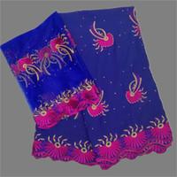 afrikanisches gewebe-spitzenmaterial großhandel-Modische weddingroyal blau mit Stickerei African Baumwolle Material passend mit Französisch Tüll Stoff für Kleid YCN7 (5 + 2y)