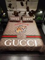 3d bedding set toptan satış-Kaplan Tam G Şerit Yatak Kapak Takım Lüks Tasarım Moda Logo Yatak Örtüsü Setleri Kış Polar Malzeme Nevresim