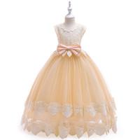 beyaz pembe elbise kısa toptan satış-Güzel Şampanya Çiçek Gilr Elbiseler Kısa Kollu Jewel Boyun Ilmek Kemer Ayak Bileği Uzunluğu Dantel Çiçek Kız Doğum Günü Resmi Elbiseler Pembe Beyaz