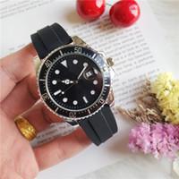 reloj de pulsera de goma para hombre al por mayor-Nueva pulsera de caucho de 40 mm para hombre 116660 DWELLER Cuarzo Business Casual SEA reloj para hombre
